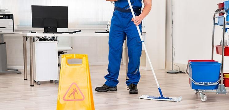 service d'entretien ménager commercial
